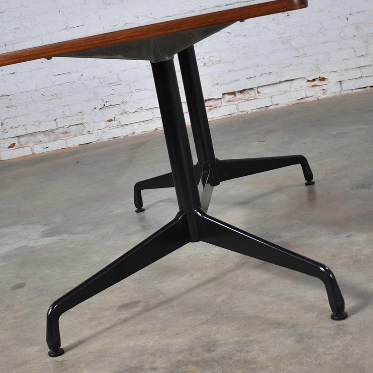 Eames Herman Miller Aluminum Group Conference or Dining Table Rosewood and Black In Good Condition For Sale In Topeka, KS