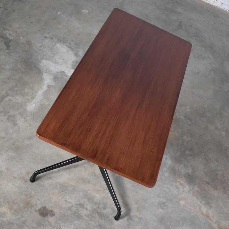 20th Century Eames Herman Miller Aluminum Group Conference or Dining Table Rosewood and Black For Sale