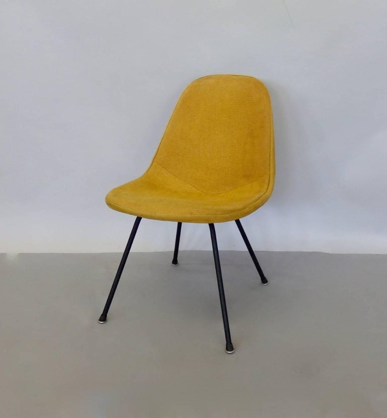 Charles and Ray Eames for Herman Miller DKR lounge chair. The chair is earlier production evidenced by the solid steel