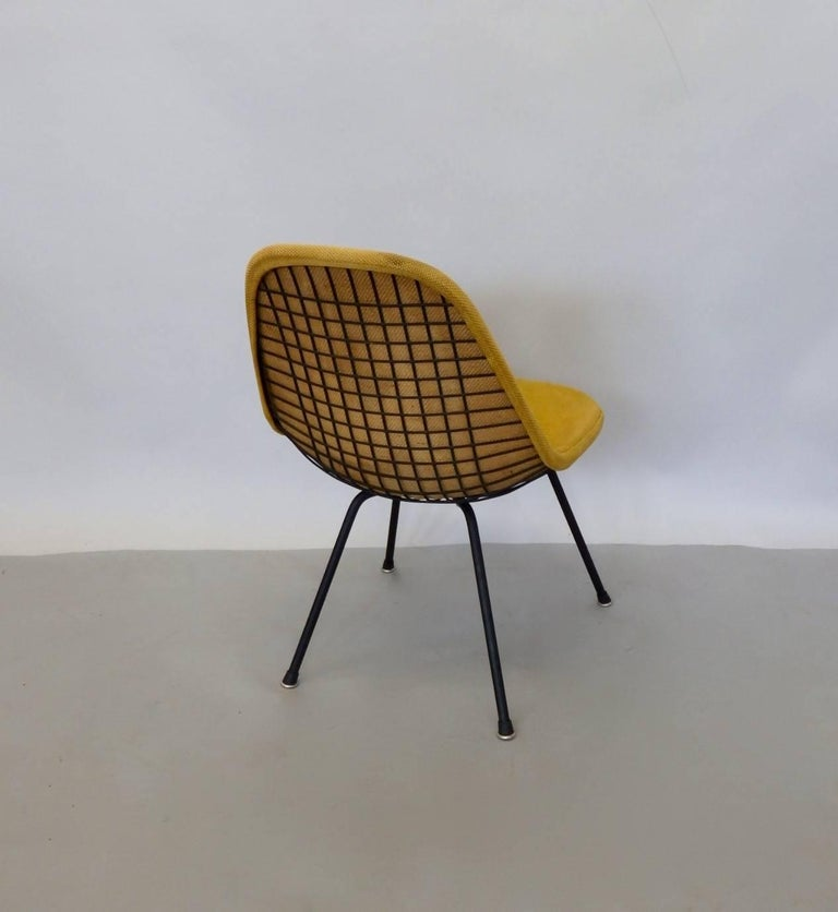 American Eames Herman Miller DKR Chair on Early Production Low X-Base For Sale