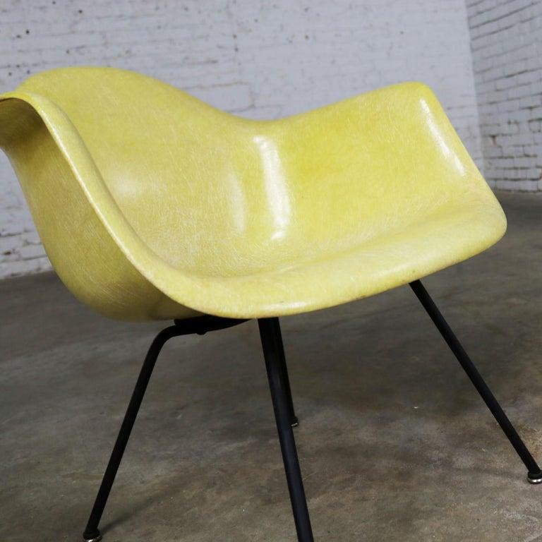 American Eames Herman Miller LAX Fiberglass Arm Shell Chair X Base Zenith Rope Edge For Sale