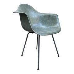 Sechs Eames Herman Miller Seeschaum grüne Zenith DAX Stühle, Sammlerstücke, Mitte des Jahrhunderts