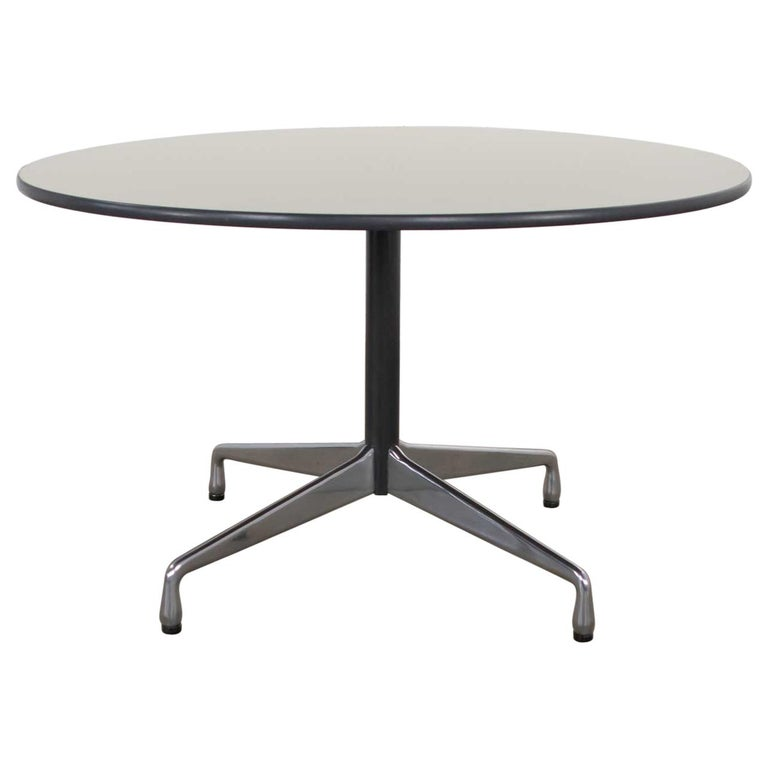 Eames Herman Miller Universal Base Round Table Off-White Laminate Top For Sale
