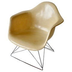 Eames LAR Cats Cradle Base Fiberglass Armshell Lounge Chair
