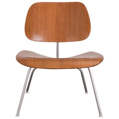 Eames LCM in Walnut