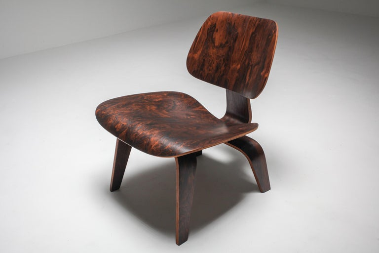 Mid-Century Modern Eames LCW Pre-Production in Rio Rosewood For Sale