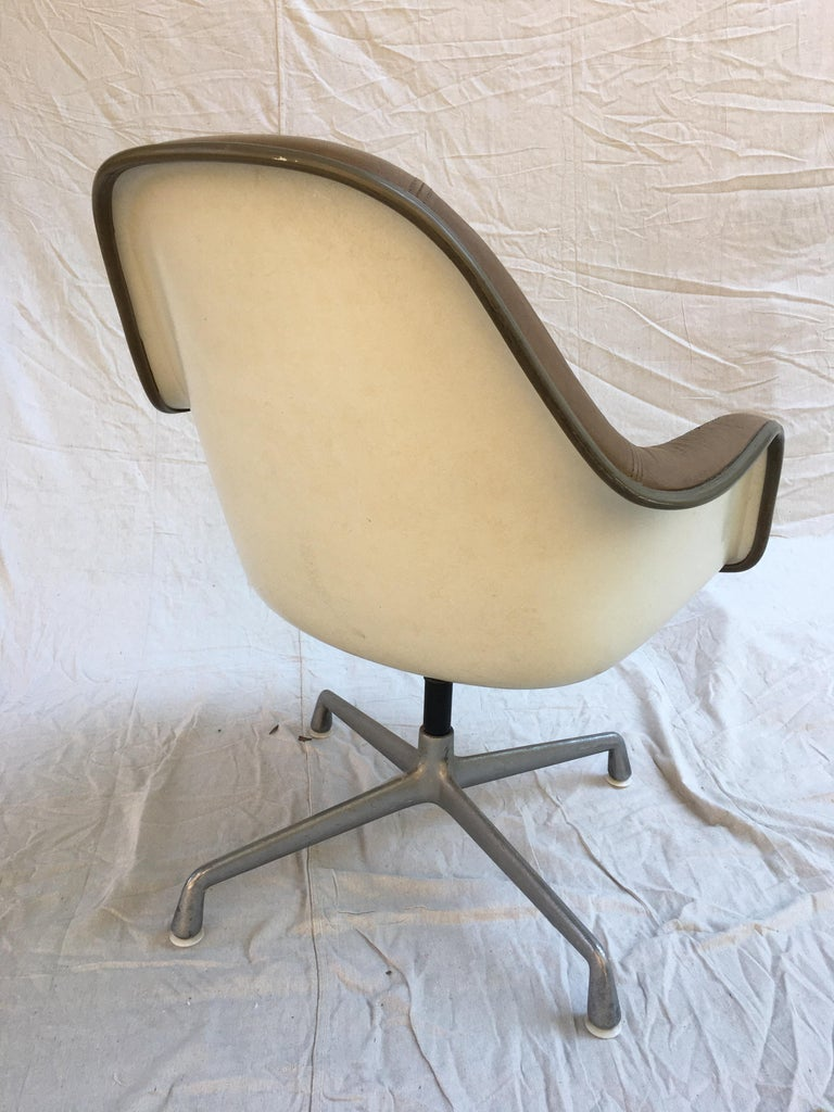 Eames Leather High Back Chairs For Sale 3