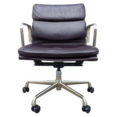 Eames Leather Soft Pad Management Chair for Herman Miller