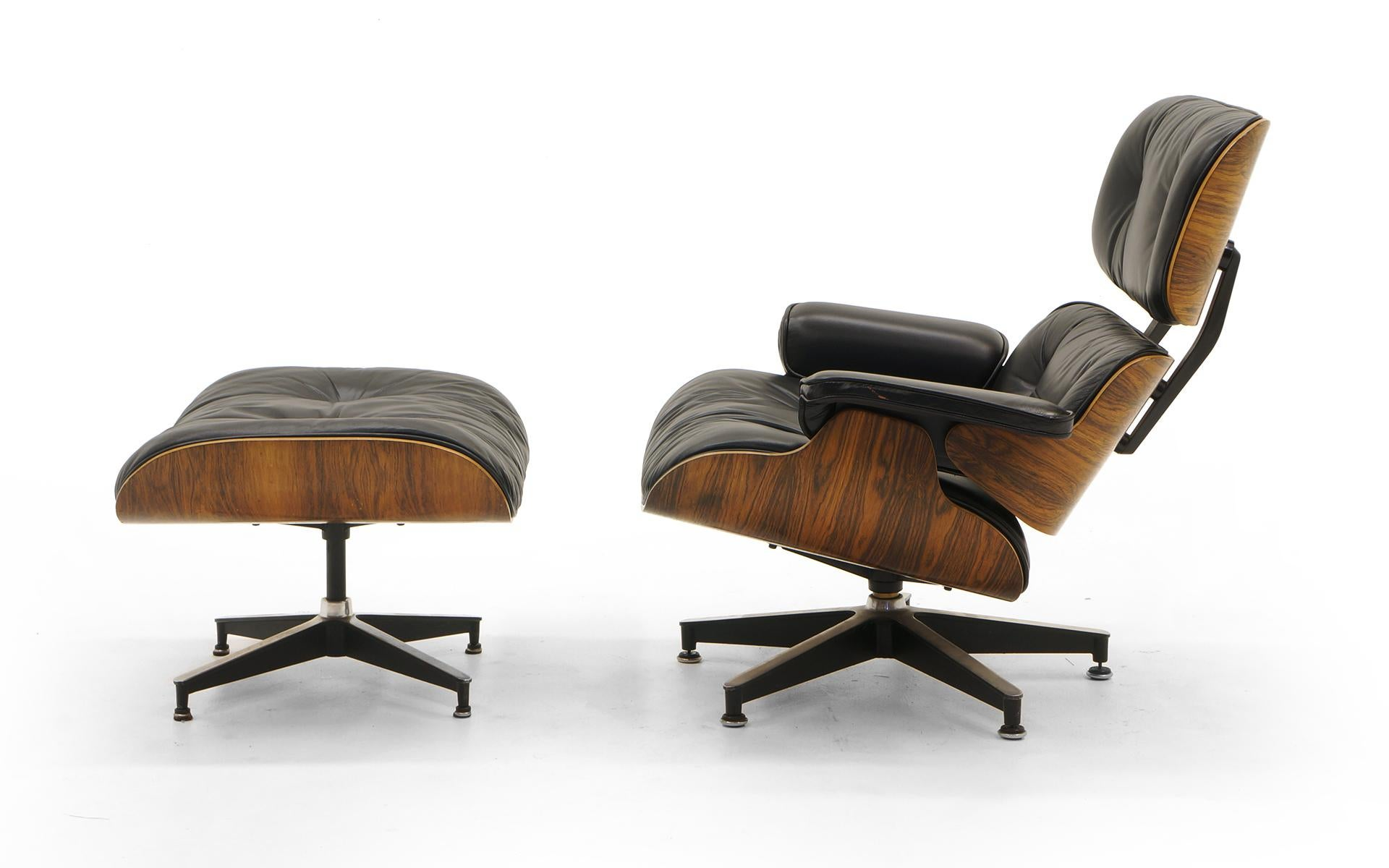 Eames Lounge Stoel : Eames lounge chair and ottoman rosewood and restored