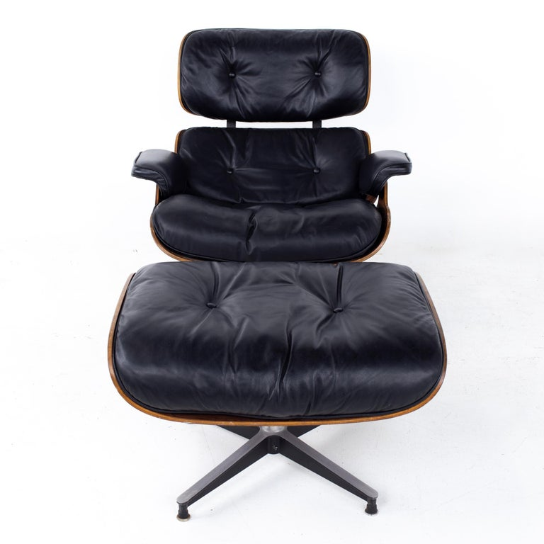 Mid-Century Modern Eames Mid Century Lounge Chair and Ottoman For Sale