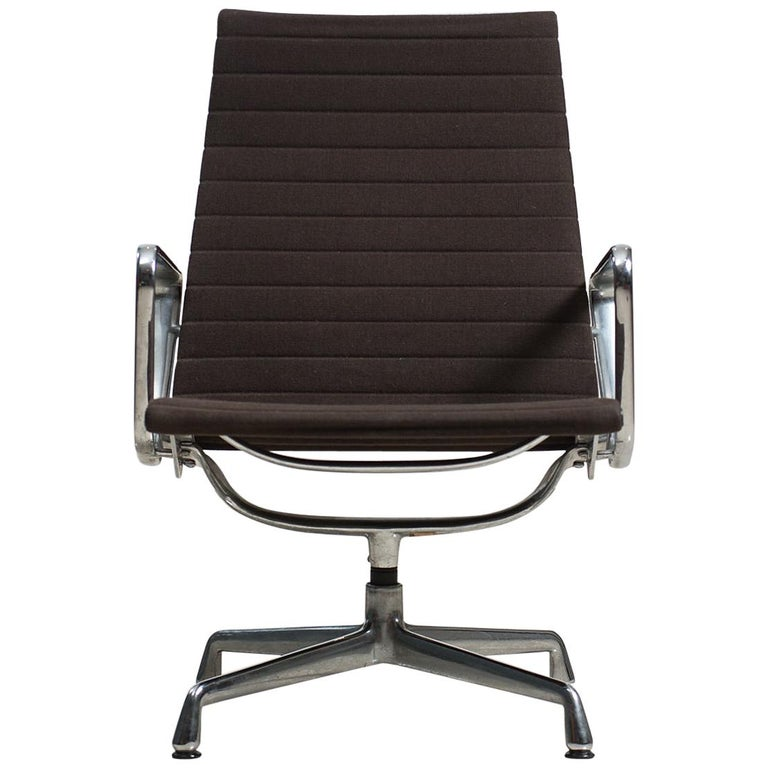 Outstanding Eames Model Ea 116 Swivel Chair For Vitra Gamerscity Chair Design For Home Gamerscityorg