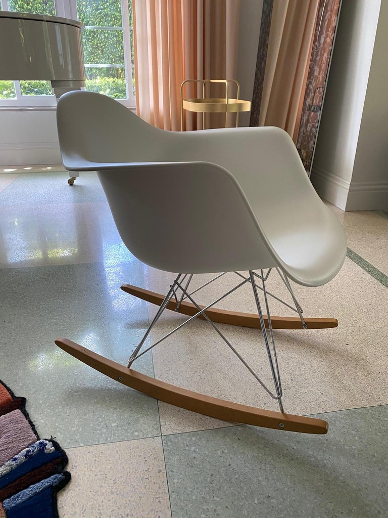 Eames Molded Armchair, Rocker Base designed by Charles and Ray Eames For Sale 2