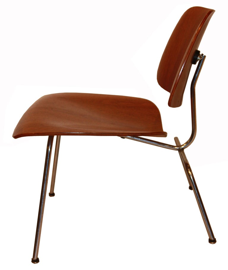 Eames Molded Plywood Lounge Chair For Herman Miller With