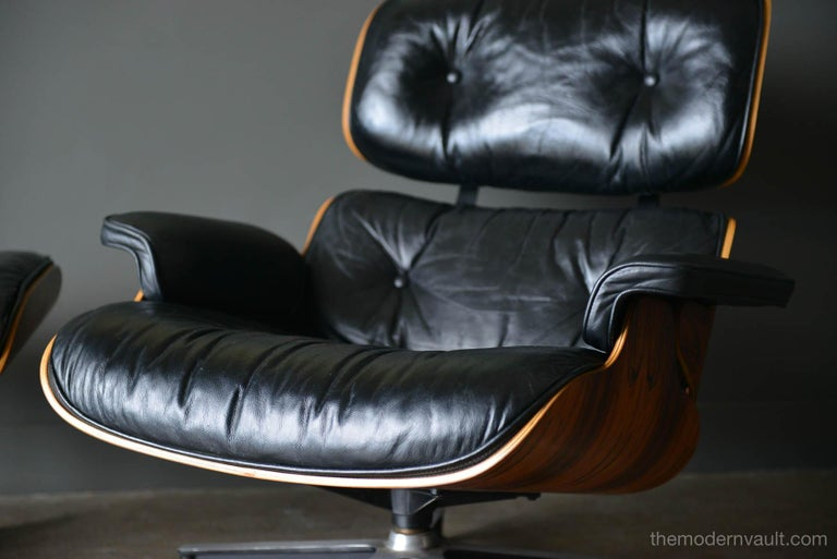 Mid-Century Modern Eames Rosewood Lounge Chair and Ottoman, circa 1971