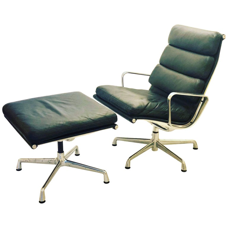 Eames Soft Pad Executive Aluminum Group Chair & Ottoman by Herman Miller For Sale