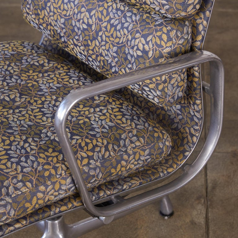 Eames Soft Pad Management Chairs for Herman Miller 7