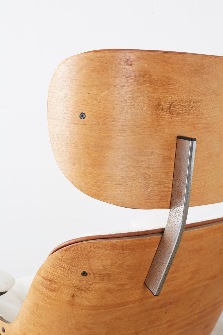 Eames Styles Lounge Chair and Ottoman by Plycraft For Sale 5