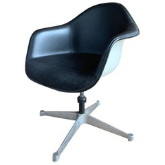 Eames Swivel Chair, 1970