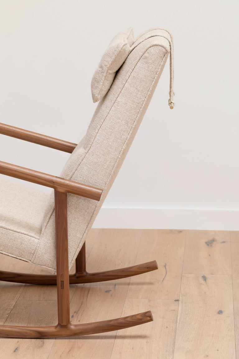 Mid-Century Modern Earl Walnut, Ivory Textured Linen Moresby Rocking Chair For Sale