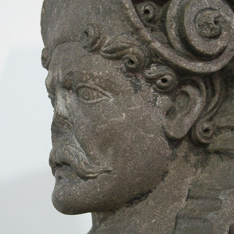 Early 17th Century Carved Stone Renaissance Bust For Sale 7