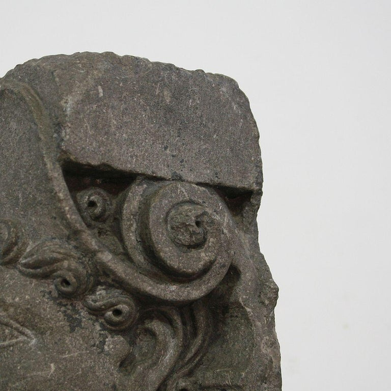 Early 17th Century Carved Stone Renaissance Bust For Sale 10