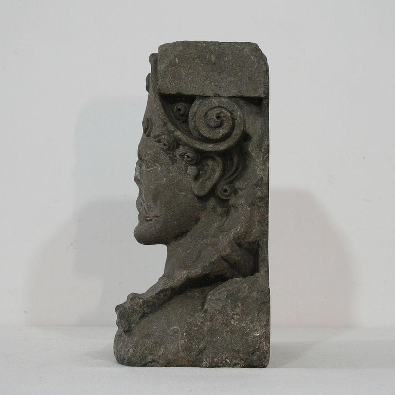 Belgian Black Marble Early 17th Century Carved Stone Renaissance Bust For Sale