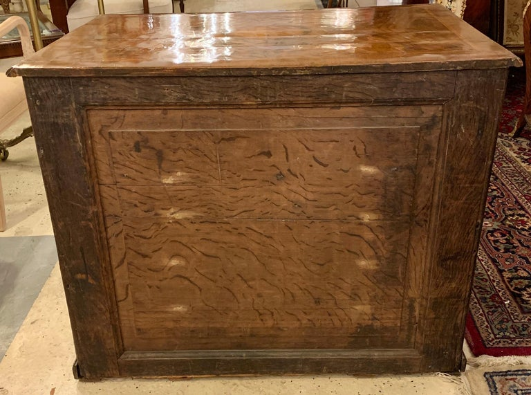 Early 18th-19th Century George lll Knee Hole Desk Writting Table For Sale 14