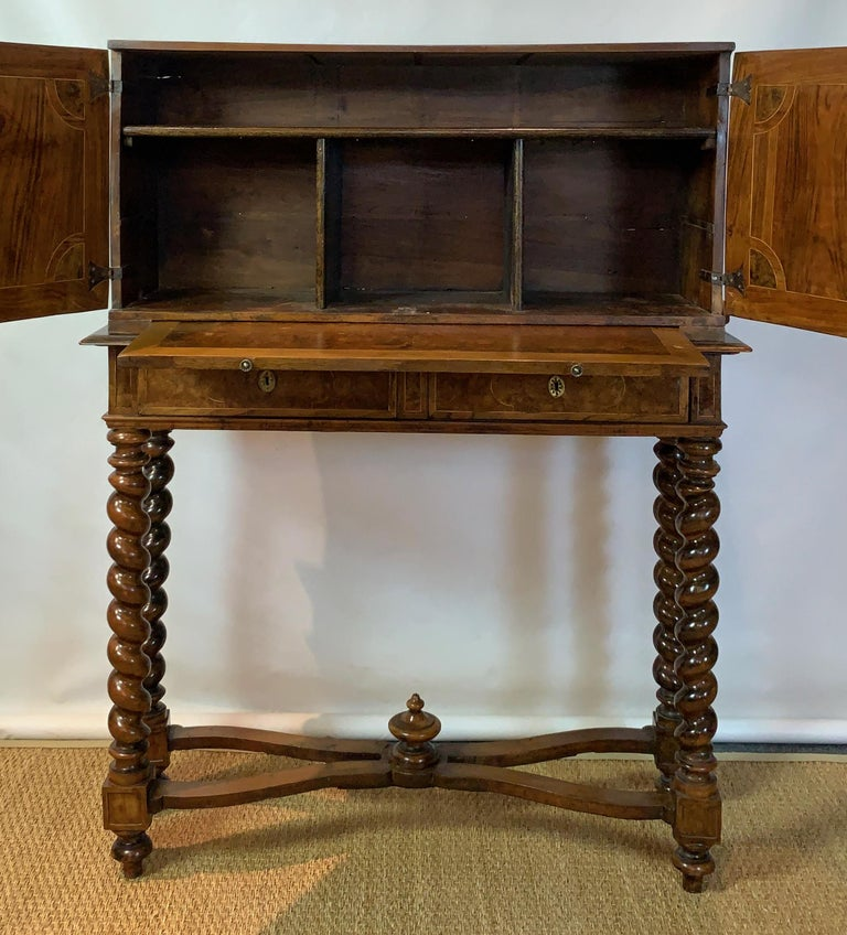 Early 18th Century Burl Walnut Cabinet on Stand For Sale 5
