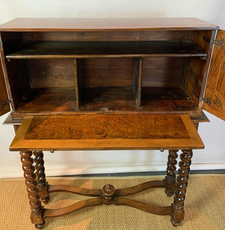 Early 18th Century Burl Walnut Cabinet on Stand For Sale 7