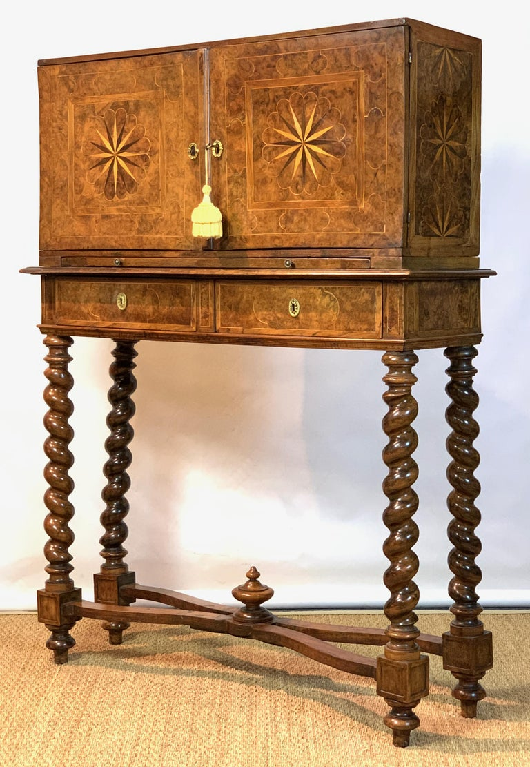 Italian Early 18th Century Burl Walnut Cabinet on Stand For Sale