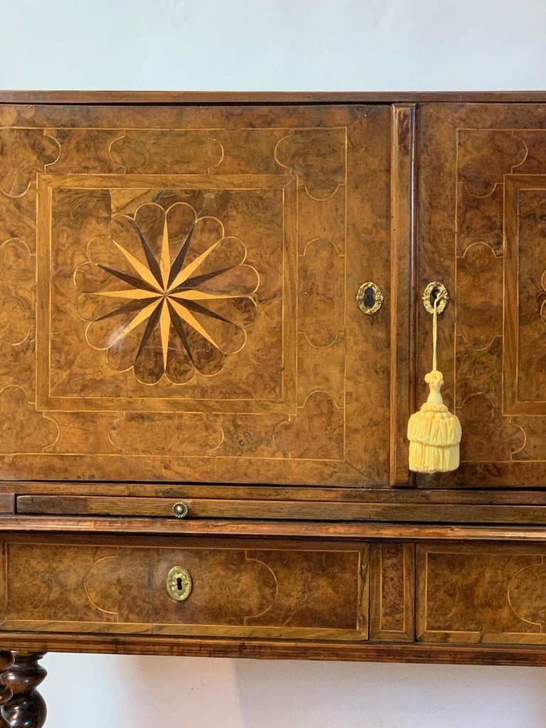 Early 18th Century Burl Walnut Cabinet on Stand For Sale 3