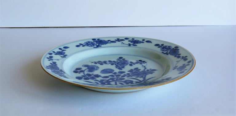 Early 18th Century Chinese Porcelain Blue and White Plate or Dish, Qing Ca 1730 For Sale 6
