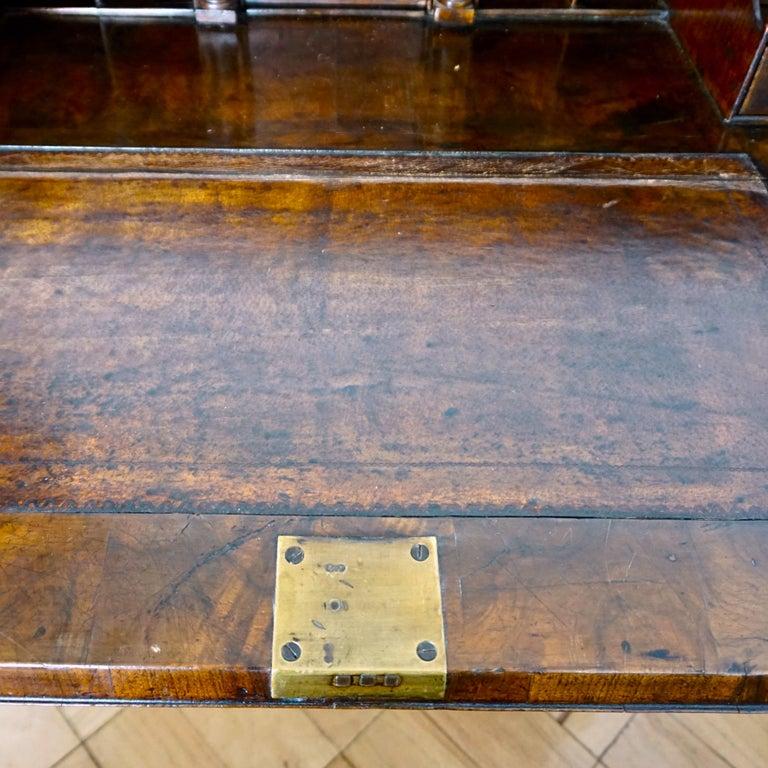 Early 18th Century English Walnut Veneered Stepped Interior Georgian Bureau Desk For Sale 4