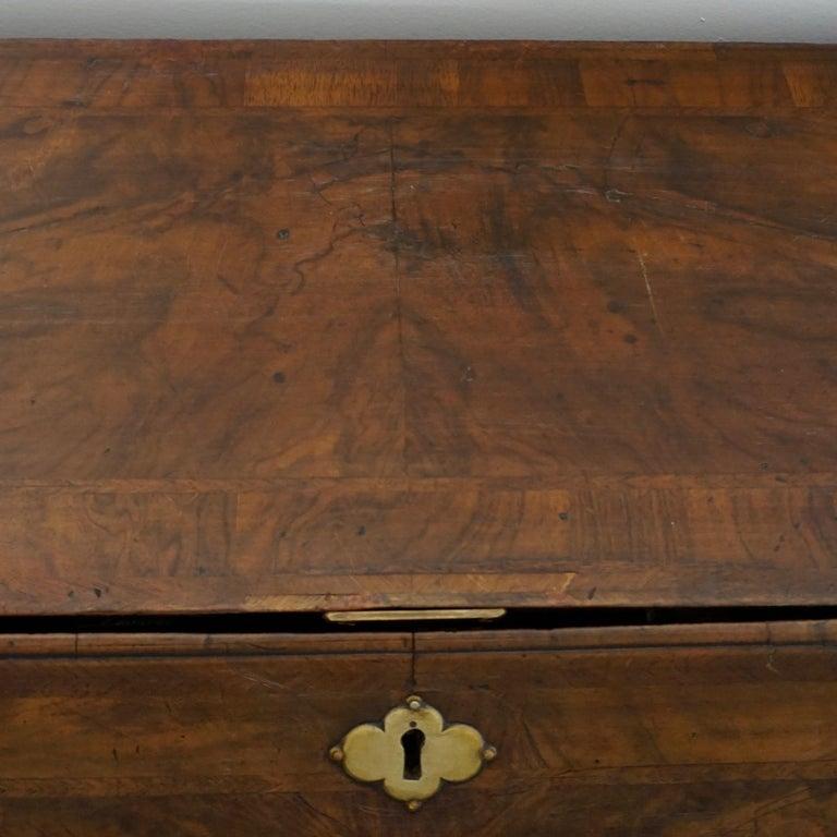 Early 18th Century English Walnut Veneered Stepped Interior Georgian Bureau Desk For Sale 7