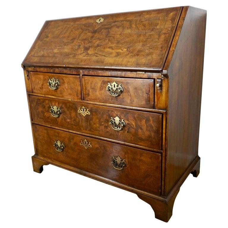 Early 18th Century English Walnut Veneered Stepped Interior Georgian Bureau Desk For Sale