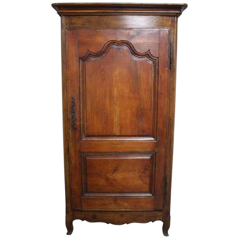 "Early 18th Century French Cabinet ""Bonnetiere"" For Sale"