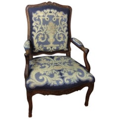 Important Early 18th Century French Régence Carved Armchair