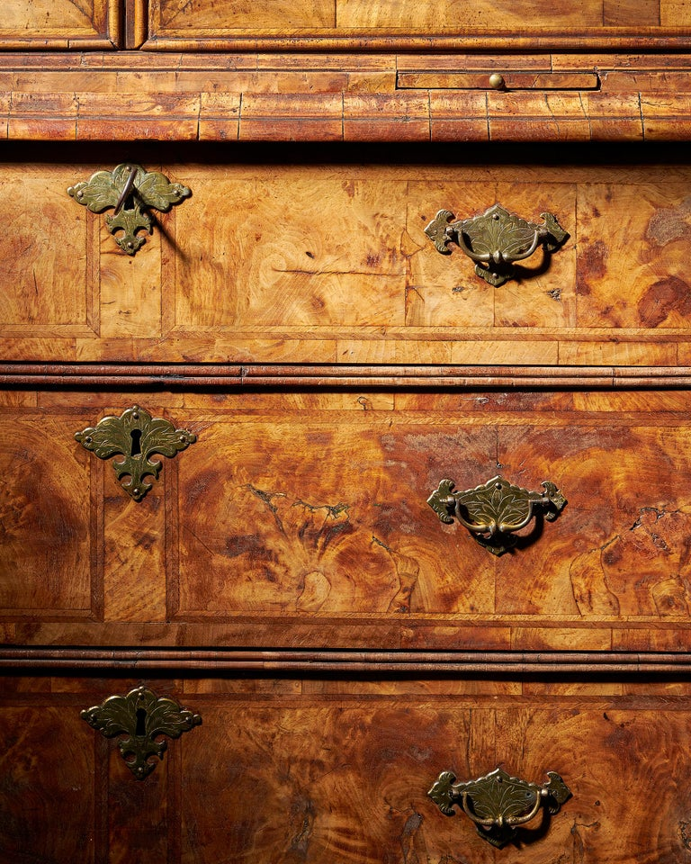 Early 18th Century George I Highly Figured Walnut Double Dome Bookcase on Chest For Sale 1