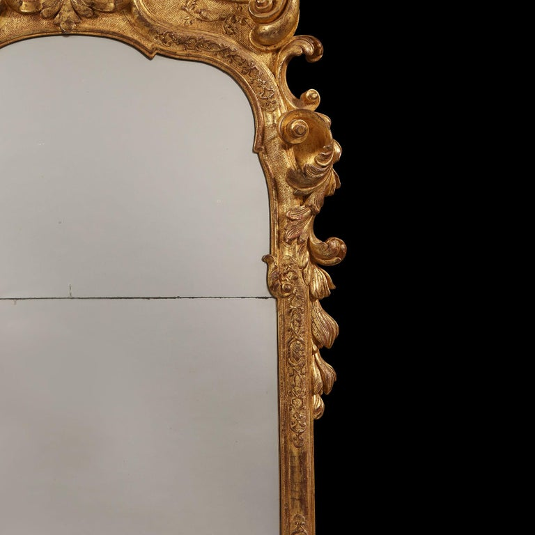 Early 18th Century German Giltwood Pier Mirror, Louis XIV Baroque Period For Sale 4