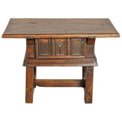 Early 18th Century Oak and Chestnut Spanish Accent Table with Drawer