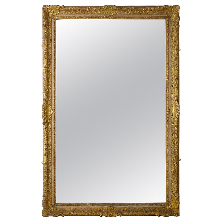 Early 18th Century Regence Period Giltwood Mirror For Sale