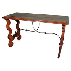 Early 17th Century Spanish Walnut Centre Table