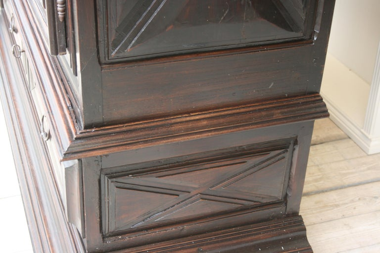 Early 18th Century Walnut Louis XII Armoire with Carved Diamond Point Panels For Sale 13