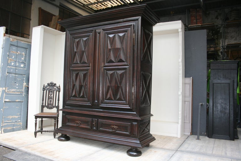 Early 18th Century Walnut Louis XII Armoire with Carved Diamond Point Panels For Sale 2
