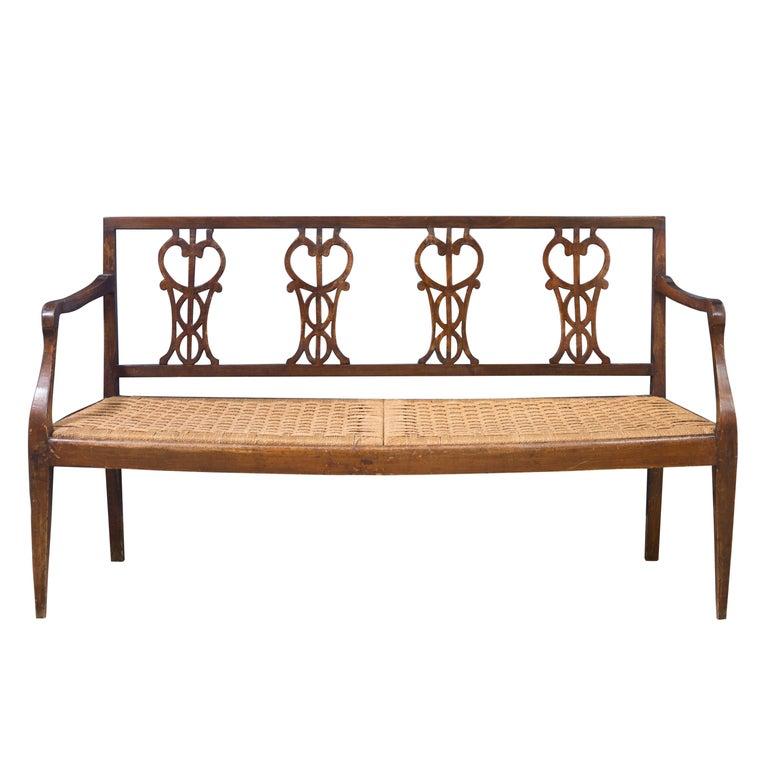 Early 18th Century Walnut Sofa with Straw Seat Louis XVI Tuscany, 1750 For Sale