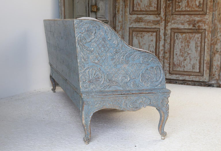 Gustavian Early 18th Century Swedish Carved Sofa with Original Paintwork For Sale
