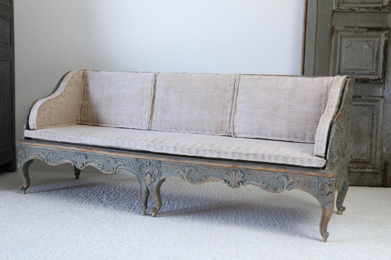 Early 18th Century Swedish Carved Sofa with Original Paintwork For Sale 2