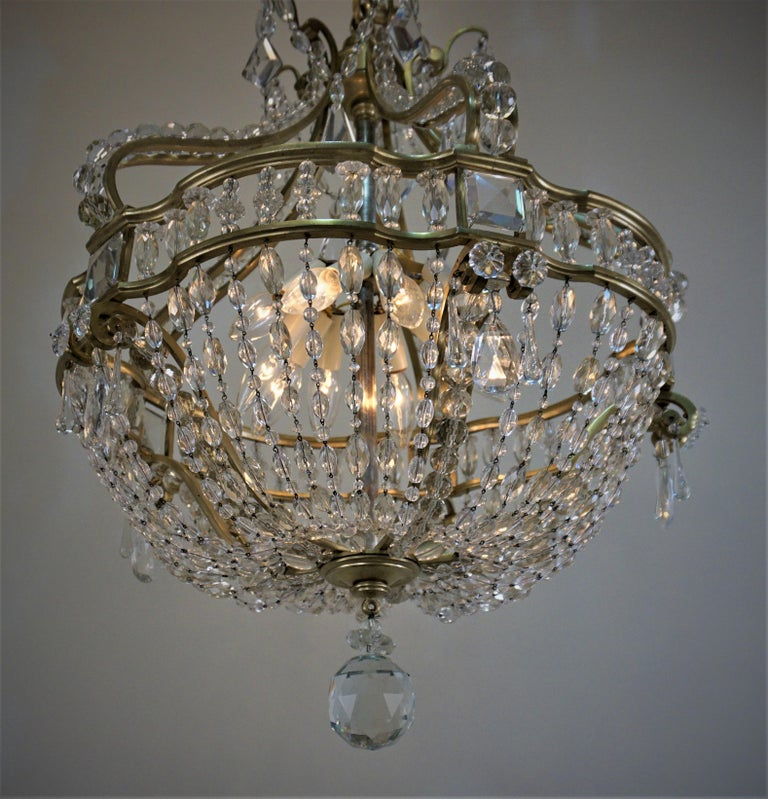 Early 1900 French Bronze and Crystal Chandelier For Sale 1