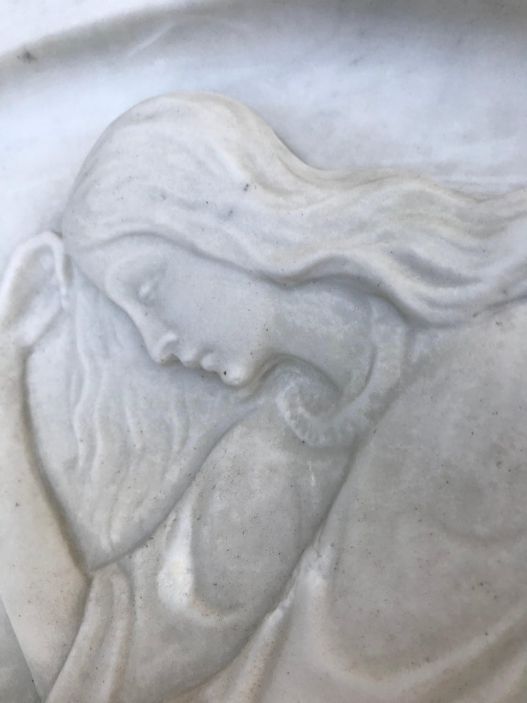 Early 1900 Fine Hand Crafted Marble Wall Plaque with Sculpture of Grieving Angel For Sale 10