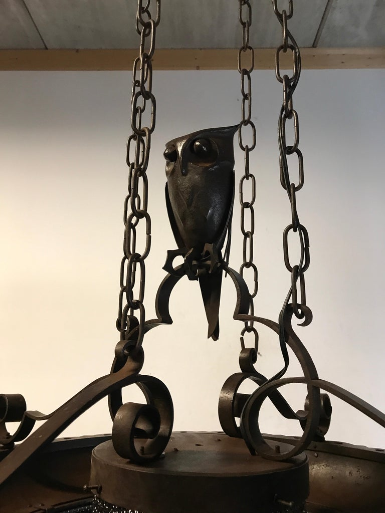 Early 1900s Amazing Arts and Crafts Wrought Iron Chandelier with Owl Sculpture For Sale 8